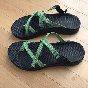 Chaco slides green 8